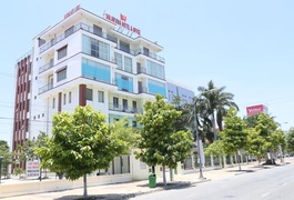 Solarvina Hotel & Office