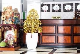 Khách sạn Song Hùng
