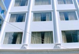 Khách sạn Yến Vy 04 Luxury