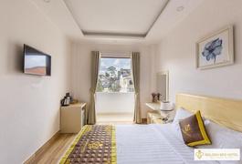 Khách sạn Golden Bee