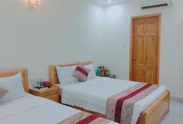 Khách sạn Hưng Bình