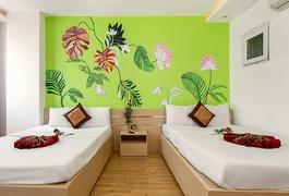 Khách sạn Tuấn Phong