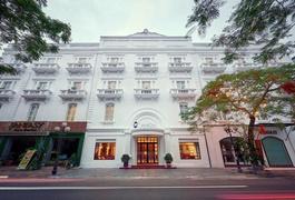 Khách sạn Manoir Des Arts