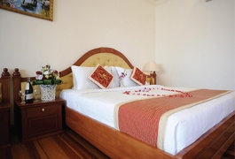 Khách sạn Hoàng Yến Bình Dương