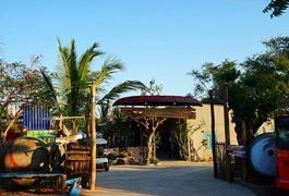 Stop And Go Làng Chài Resort