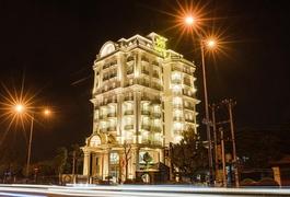 Khách sạn Mạnh Quân Luxury