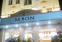 Khách Sạn Moon