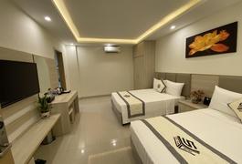 Khách Sạn NB Hoàng Gia 1