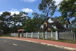 Sum Villa Homestay Măng Đen
