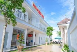Khach sạn Hùng Long