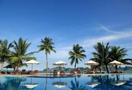 Tuần Châu Resort Hạ Long (La Paz Resort Hạ Long cũ)