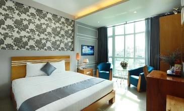 Luckystar Hotel De Tham