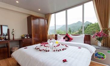 Sapa Friendly Inn & Travel