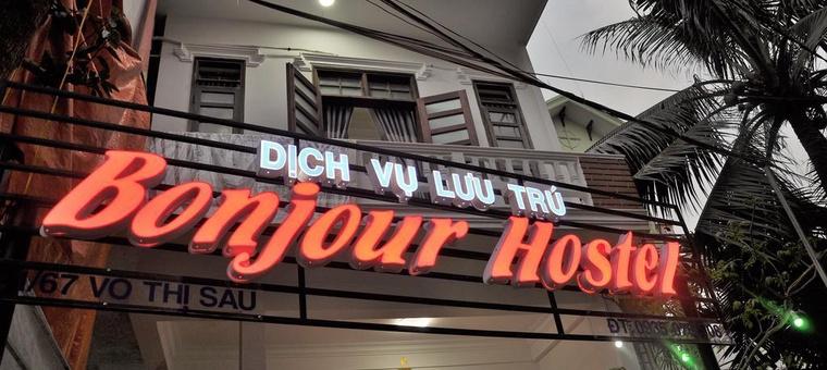 Khách sạn Bonjour Hostel