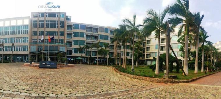 Khách sạn New Wave Hotel