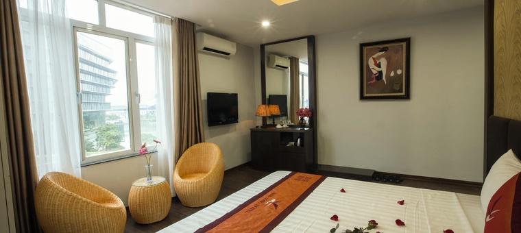 Khách sạn Nam Long Hotel
