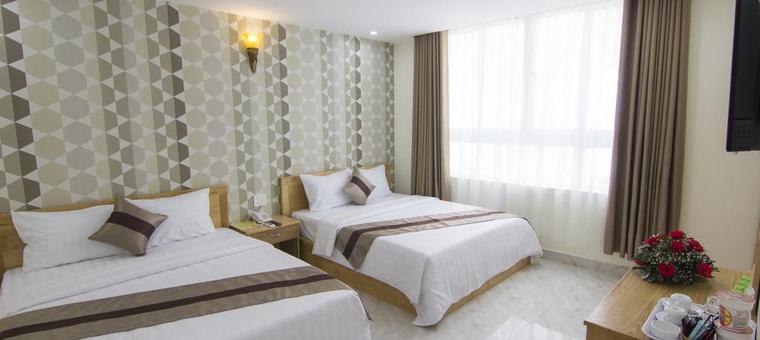 Khách sạn Ngoc Hanh Beach Hotel