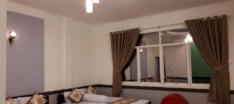 Ngoc Son hotel