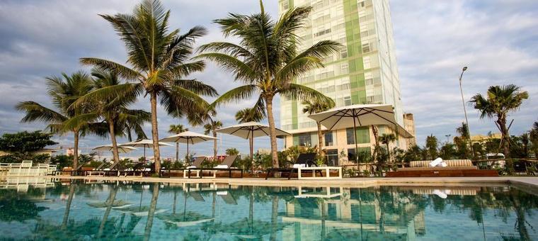 Khách sạn Fusion Suites Danang Beach