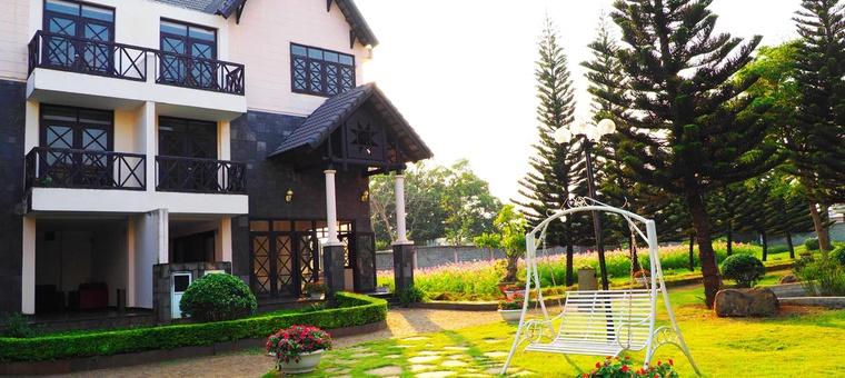 Khách sạn Coffee Boutique Resort