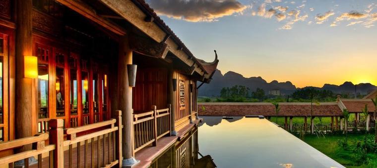 Khách sạn Emeralda Resort Ninh Binh