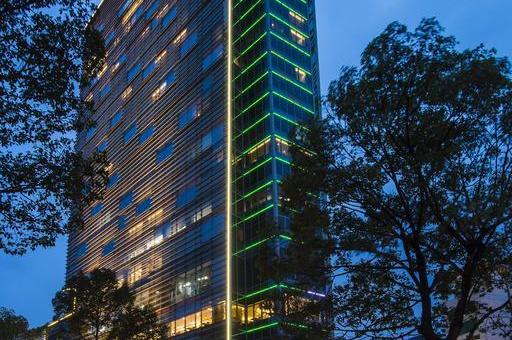 Khách sạn Pullman Saigon Centre Hotel