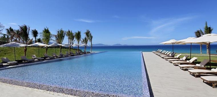 Khách sạn Fusion Resort Cam Ranh