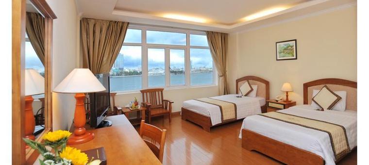 Khách sạn Bamboo Green Hotel