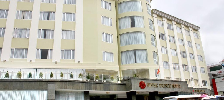 Khách sạn River Prince Hotel