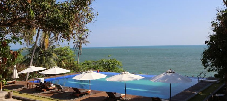 Khách sạn Leman Cap Resort & Spa