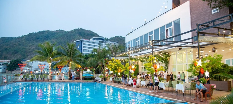 Khách sạn Valley Mountain Hotel