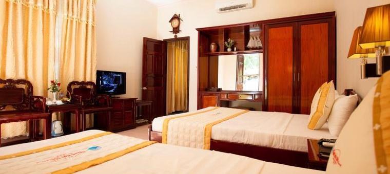 Khách sạn Thien Hai Son Resort