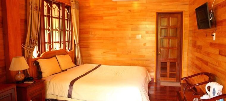 Khách sạn Him Lam Resort