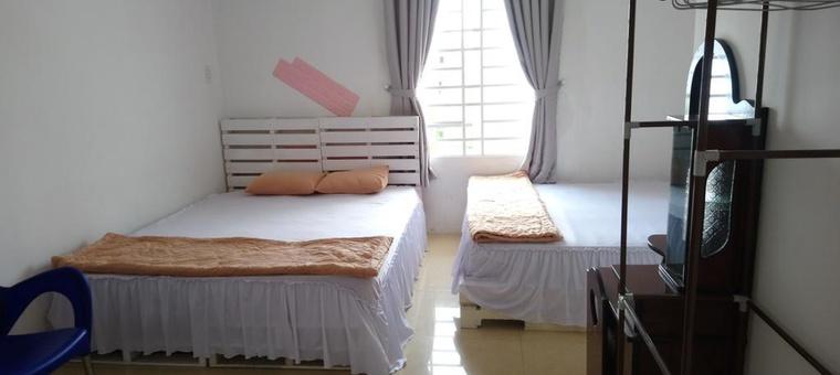 Khách sạn Lan Thai Ngoc Hotel