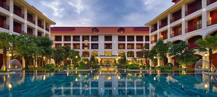 Khách sạn Senna Hotel Hue