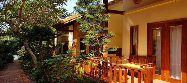 Khách sạn Viet Thanh Resort