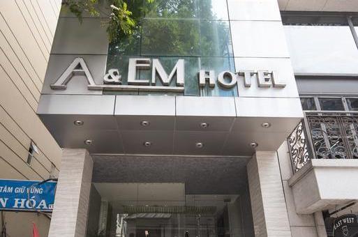 Khách sạn A&EM- The Petit Hotel
