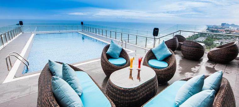 Khách sạn Adamo Hotel