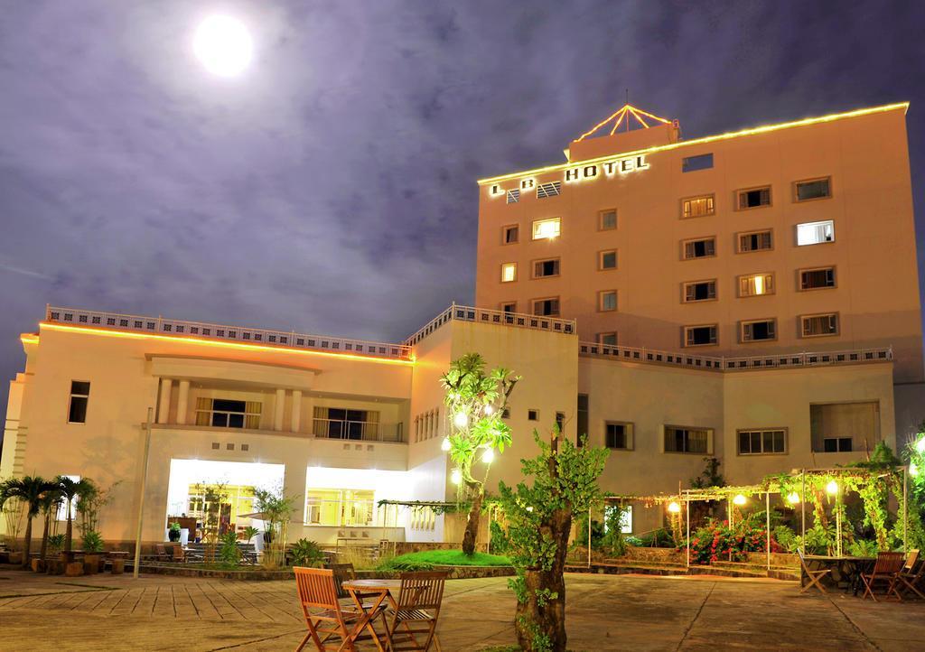 Khách sạn Long Beach