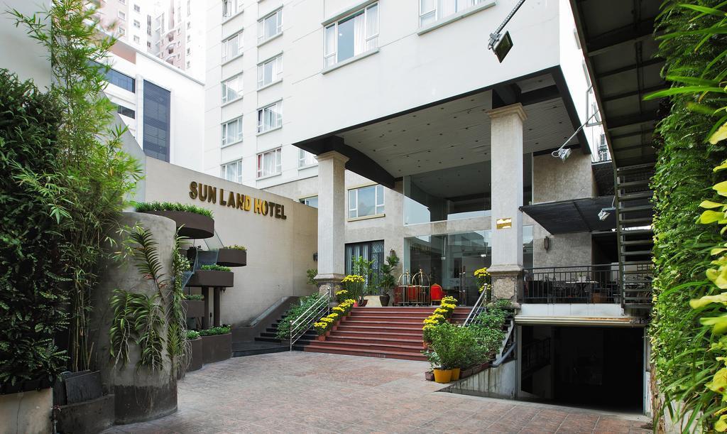 Khách sạn Sunland